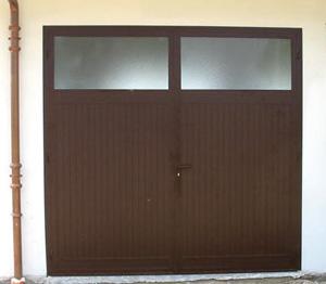 Portoni per autorimesse porte per autorimesse porte per garage portoni per garage porte - Portoni garage con finestre ...